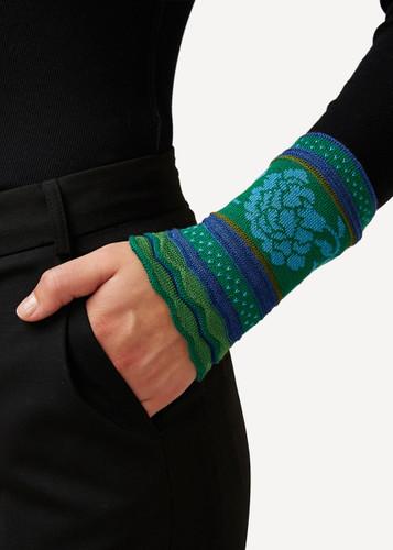 Grete Oleana Bold Patterned Wristlet, 315G Green