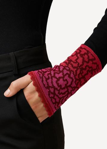 Ella Oleana Patterned Wristlet, 320R Red