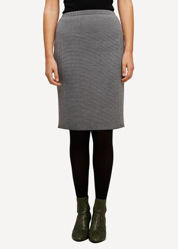Ester Oleana Short Knitted Skirt, 321D Grey