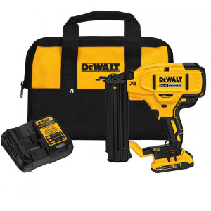 Dewalt DCN680D1  20V Max XR 18 Ga Brushless Brad Nailer - Kit