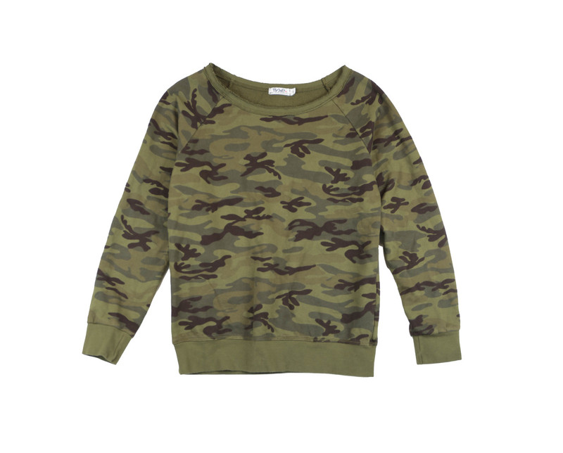 M OLIVE CAMO PRINTLONG TWISTED SLEEVE CREW TOP