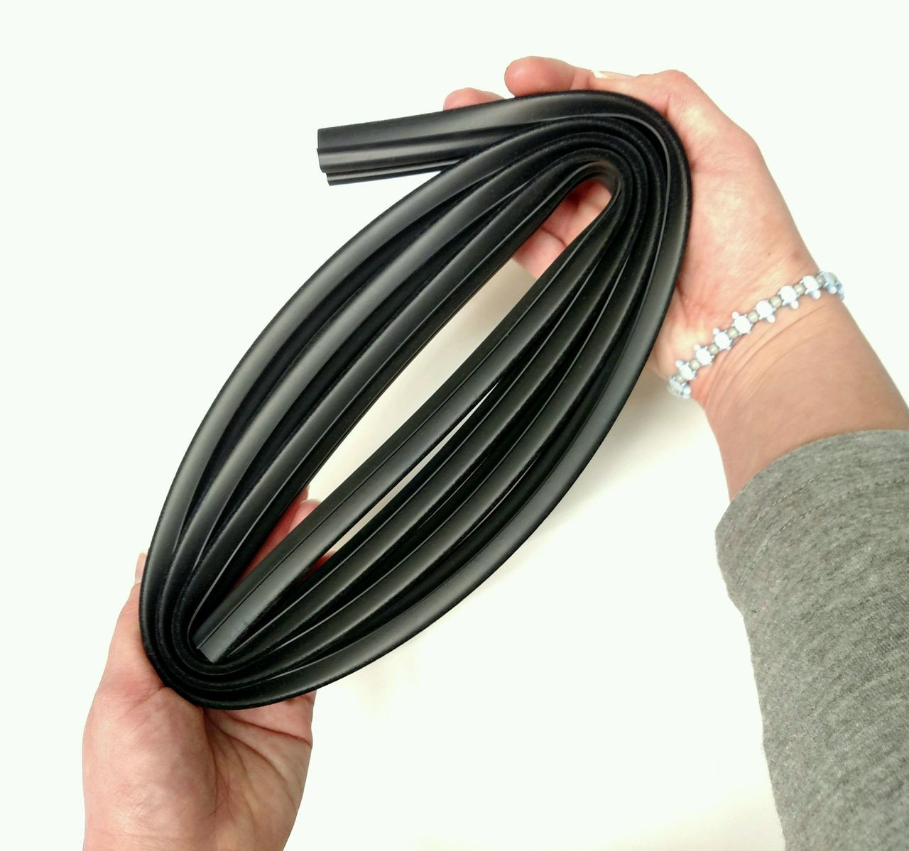 This is how flexible this All Rubber Channel is!