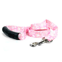 Pink Lace Flowers EZ-Grip Dog Leash
