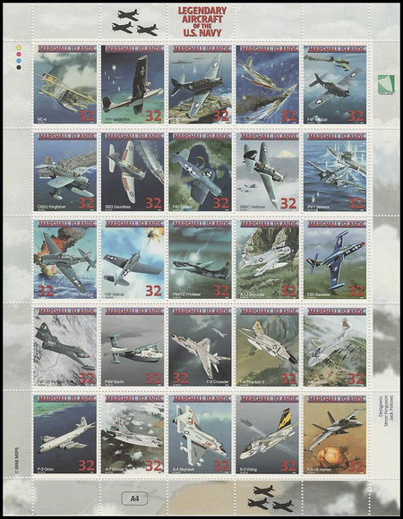 666 / 32c Legendary Aircraft of the US Navy 1998 Marshall Islands 25 Stamp Se-Tenant Sheet