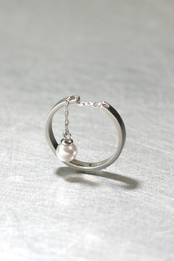 Stackable Pearl Cham Chain Ring Sterling Silver from kellinsilver.com