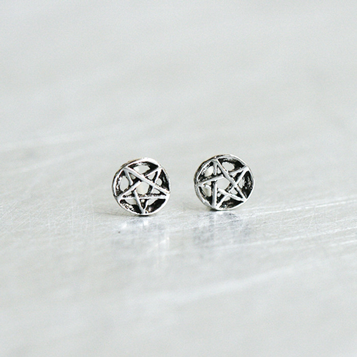 Oxidized Silver Tiny Outline Circle Star Earrings Stud from kellinsilver.com