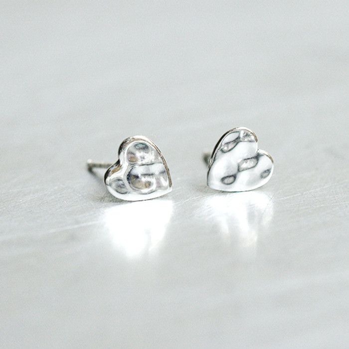 Oxidized Silver Hammered Heart Nugget Stud Earrings from kellinsilver.com