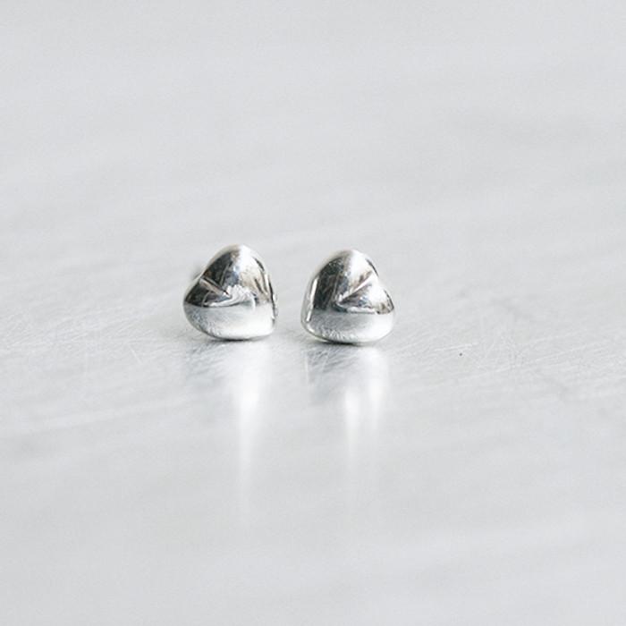 Sterling Silver Tiny Heart Volume Stud Earrings from kellinsilver.com