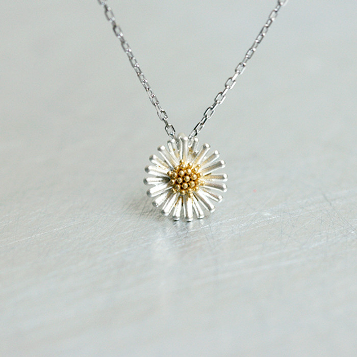 Sterling Silver Small Daisy Necklace from kellinsilver.com