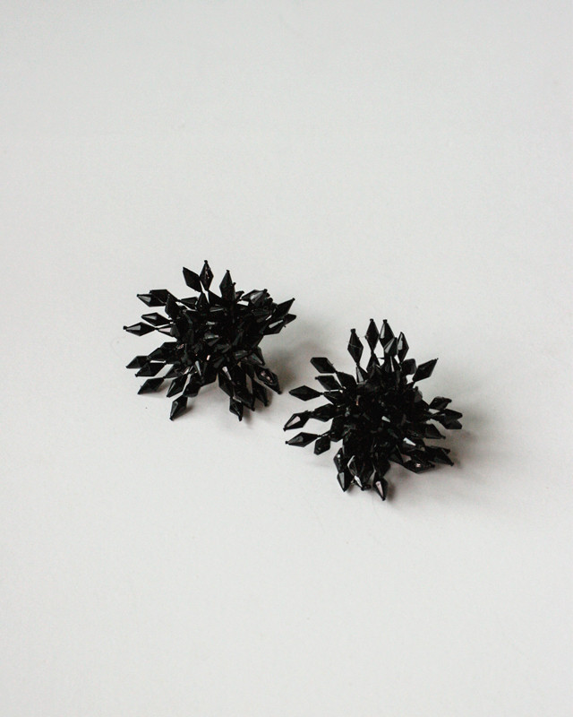 Black Beaded Blossom Studs from kellinsilver.com