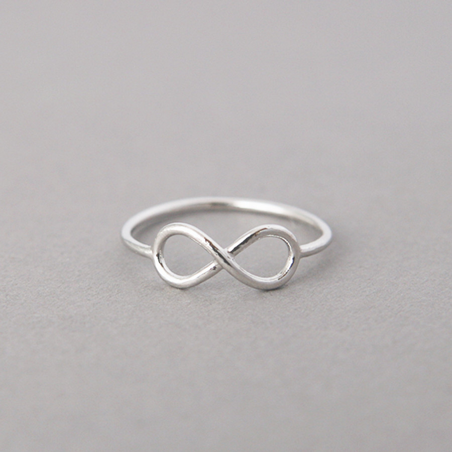 ring infinity gold white