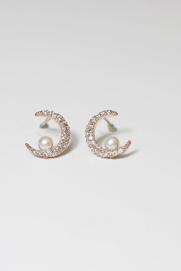 iris earrings product stud