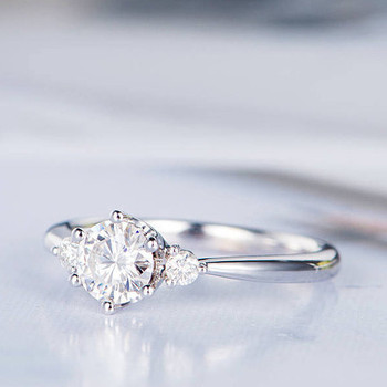 5mm Round Cut Moissanite Engagement Ring Antique Wedding Ring