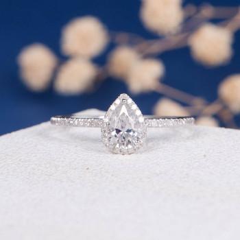 5*7mm Pear Cut Moissanite Diamond Halo Engagement Ring