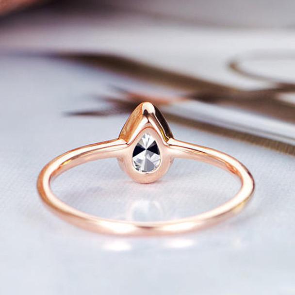 4*6mm Pear Shaped Moissanite  Wedding Ring