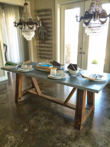 Hendrix Table