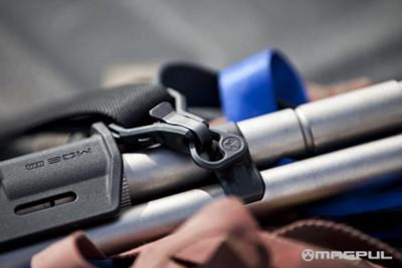 Magpul Forward Sling Mount - Remington 870 / Mossberg 500/590