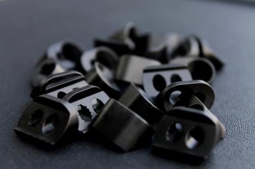 V Seven Titanium KMR Clamp Block