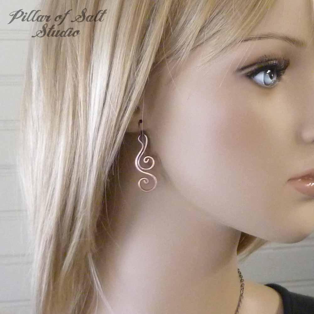 Copper wire dangle earrings