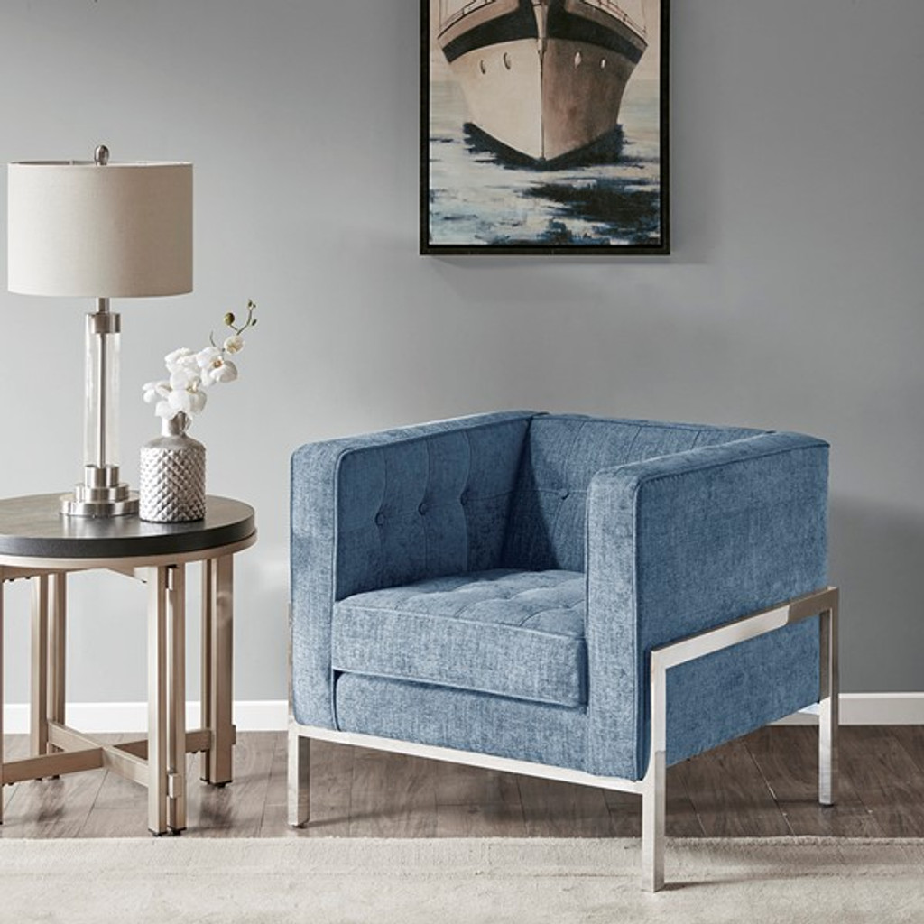 17524 Accent Chair