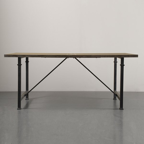 16589 Dining Table