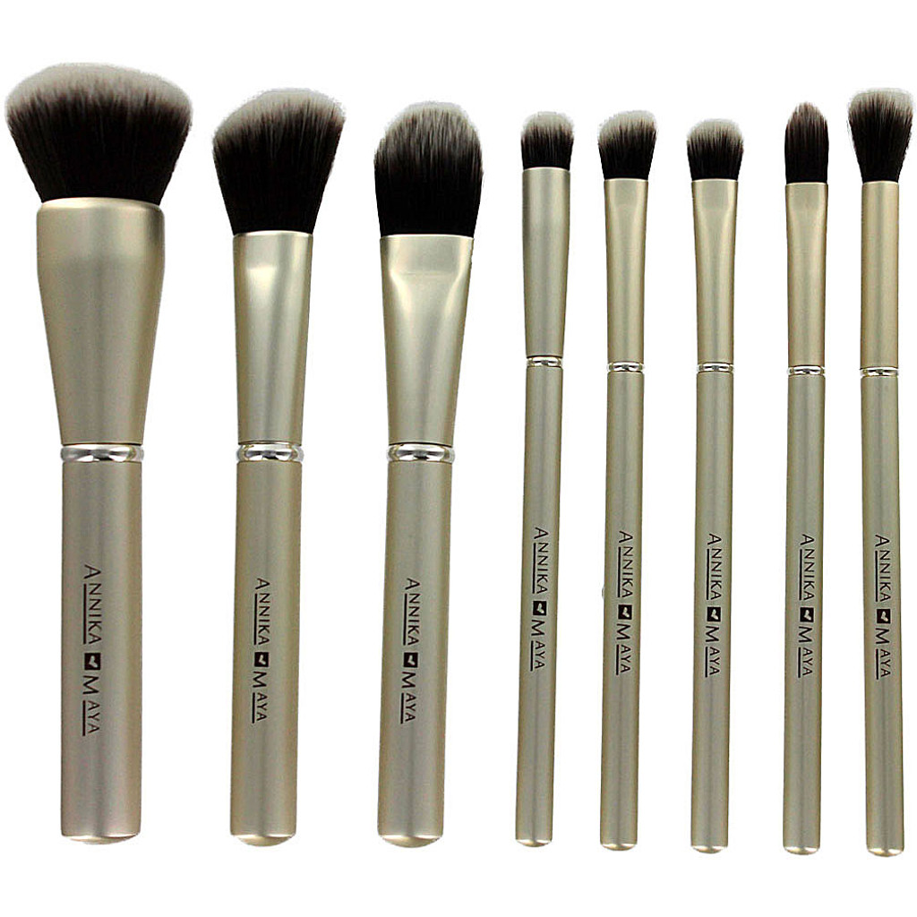 Annika Maya 8 pc Brush Set - Champagne Kisses