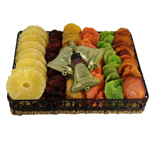 Wicker and Metal Dried Fruit Tray