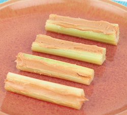 Celery and Peanut Butter Visual  Recipe & Comprehension Sheets: 18 Pages