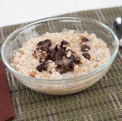 Chocolate Chip Oatmeal Microwave with Milk Visual Recipe  & Comprehension Sheets: 18 Pages