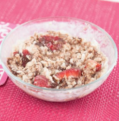 Chocolate Coconut & Strawberry Oatmeal Microwave with Water  Visual Recipe & Comprehension Sheets: 22 Pages