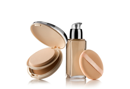 mineral-makeup-liquid-pressed-powder-needing-preservatives.jpg