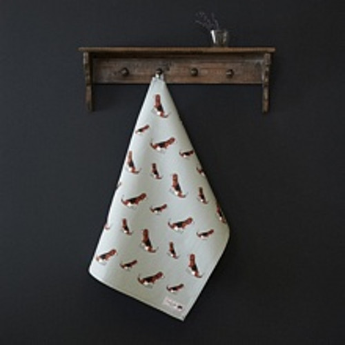 Organic cotton tea towel covered in Beagles from Sweet William Designs.