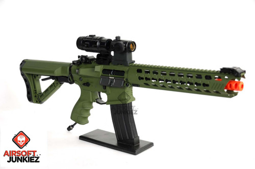 Airsoftjunkiez G&G GC16 Predator HPA package-- Full Metal - Hunter Green