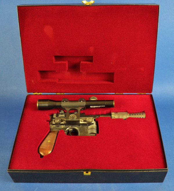 Star Wars Han Solo Episode IV: A New Hope Master Replicas Blaster - Limited Edition SW-101