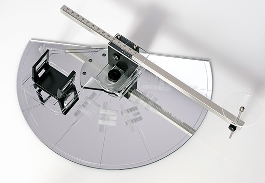 SmarTractor New precision phono protractor by Acoustic Systems. Now at True Audiophile.