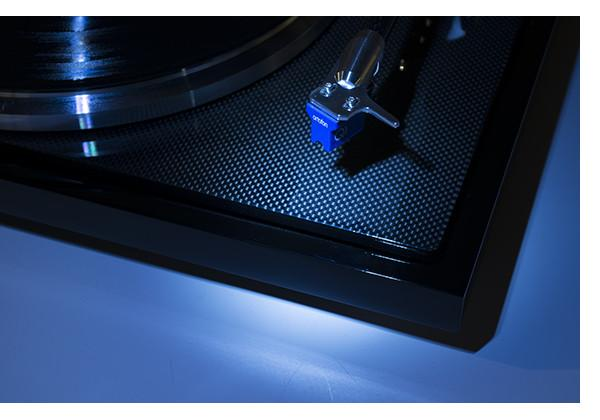 "EAT C-Major Turntable 9""Tonearm, Dust Cover, Optional Ortofon Quintet Blue Cartridge"