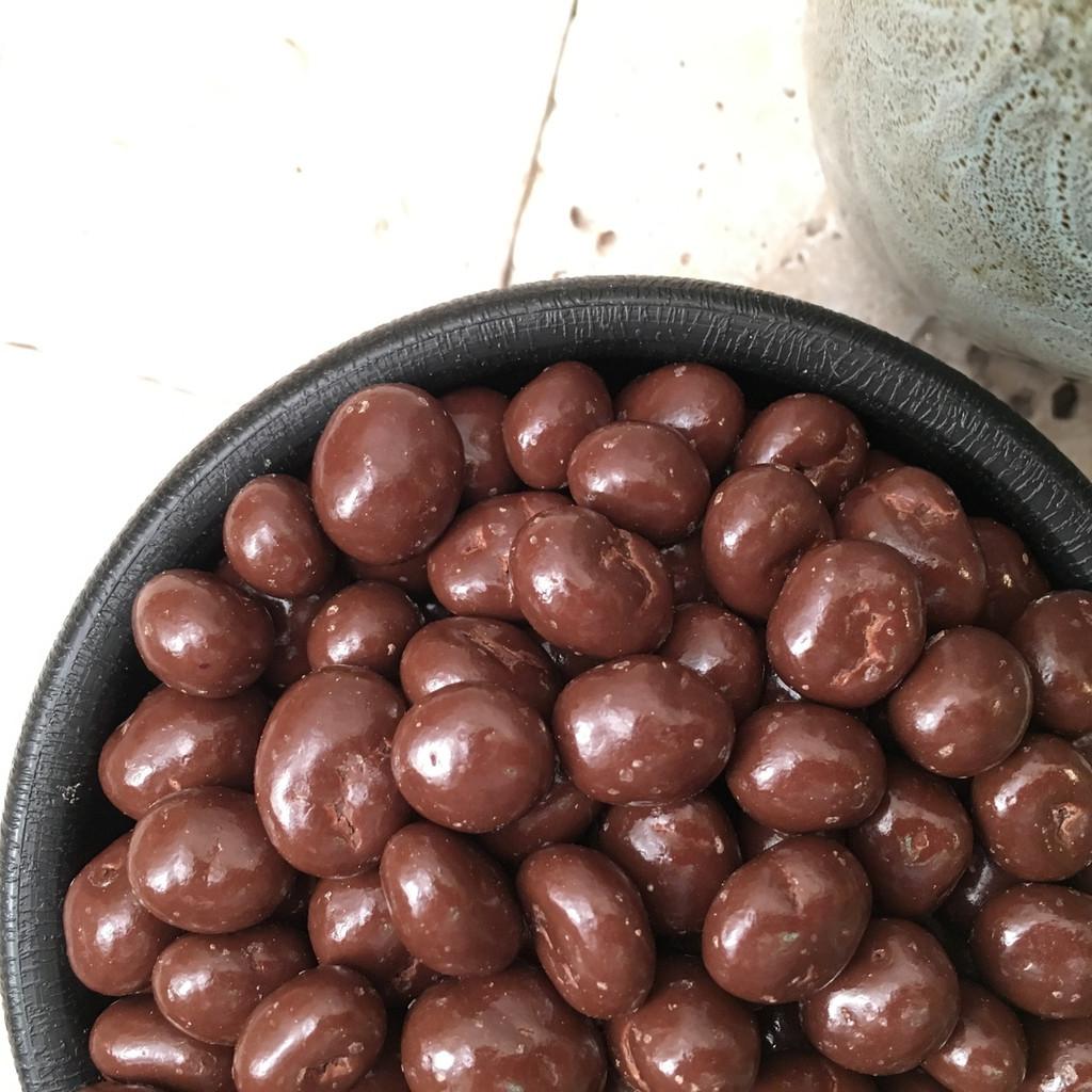 Chocolate Coated Raisins Dairy Free (Bulk, by the lb.)