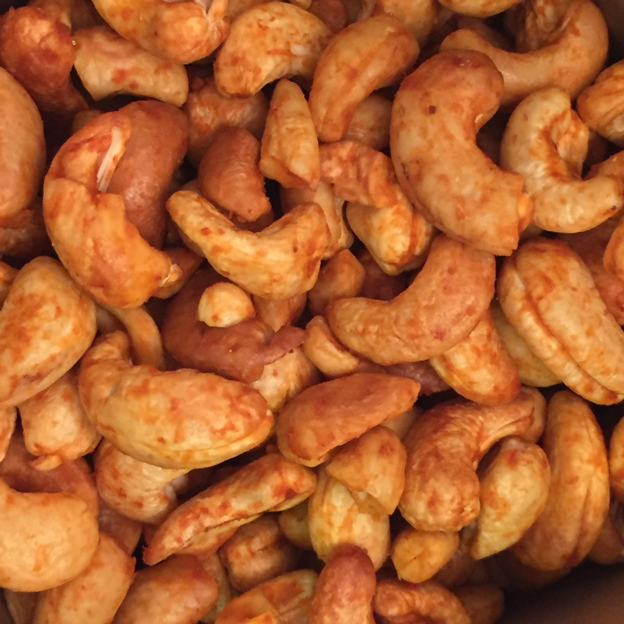 Lo-Carb Sriracha Cashews.
