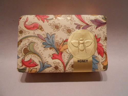 Honey-House-Naturals-3-5-oz-Honey-Blossom-Scented-Bath-Soap-Bar-Royal-Jelly-Shea