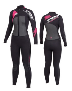 JOBE Progress Ruthless Wetsuit is ideal for the cool days on the water. Long sleeves and long pants are perfect to keep every part of your body separate from the water and to help keep you warmer in lower temperature waters. 746983/746982/746985