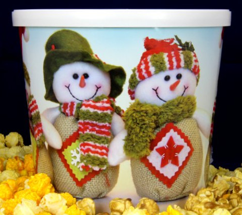 Gourmet Argires Popcorn Christmas Bear Gift Tin. 1 gallon size. Cheese or Cheese & Caramel Mix or all Caramel Popcorn. Chicago Downtown Style Quality. Made fresh for great taste. Packed fresh for big smiles.