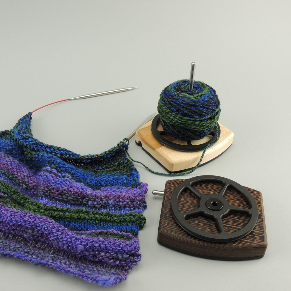 No more tangles or felting on the outside of your yarn ball as it is effortlessly dispensed.