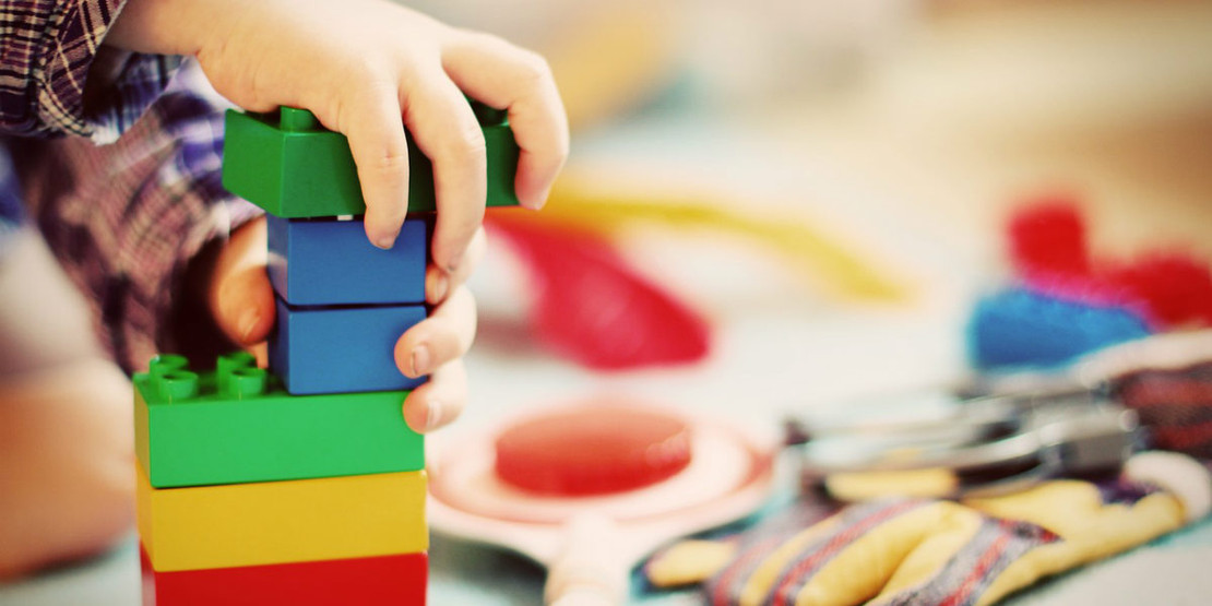 Rainy Day Activities to Boost Imaginative Play