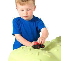 Simplay3 Caterpillar Sandbox with detailed lid textures helps bring the caterpillar to life, making children's play time more fun.