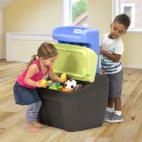 Simplay3 Toy Box Easel has a large storage area that can fit up to 3 cubic feet of toys.