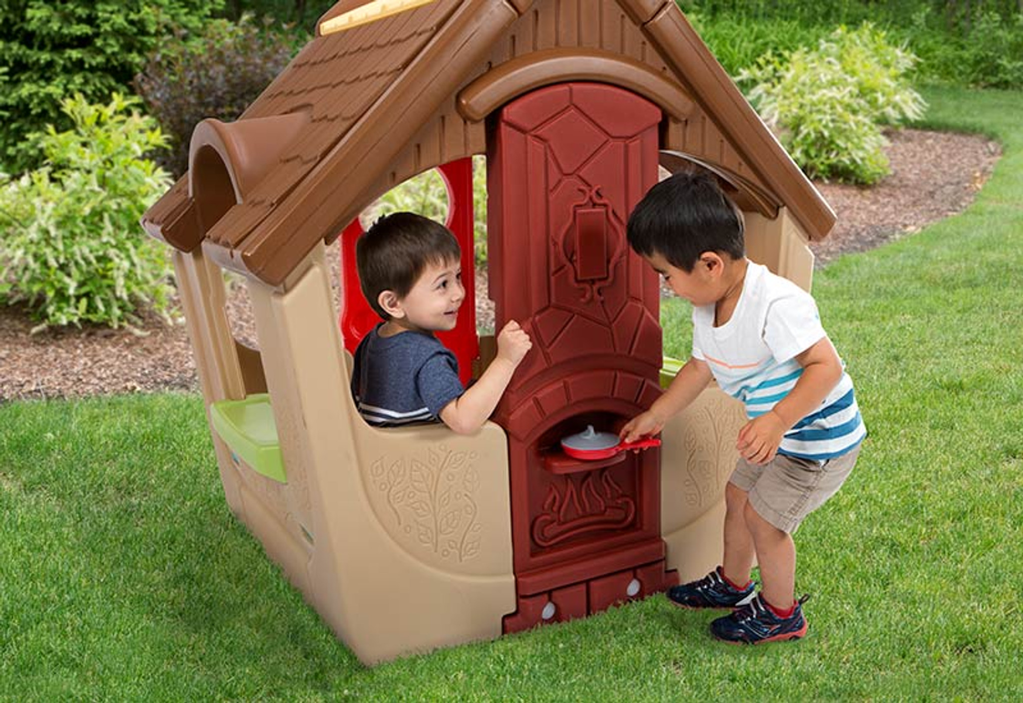 simplay3 garden view cottage for kids with chimney pizza oven - Garden View