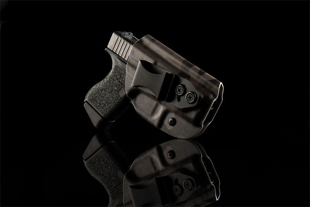 Gear Review: Vedder Holsters LightTuck Kydex IWB Holster