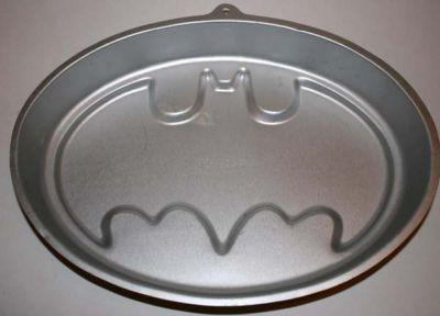 Batman Emblem Cake Pan