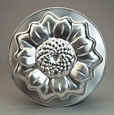 small sunflower cake pan