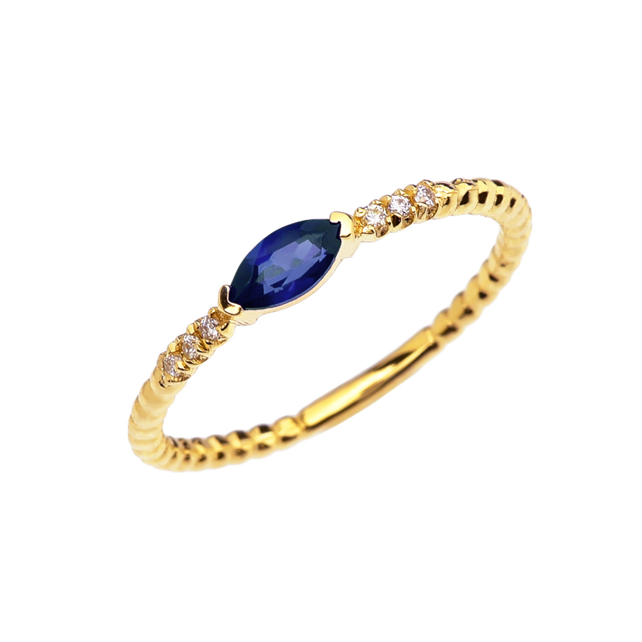 ring sapphire white with diamonds in gold